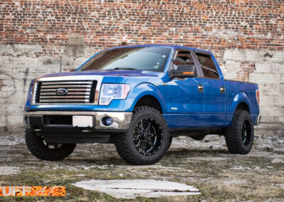 FordF150Blue2012_20inchTUFFT15_GlossBlackMilled-11